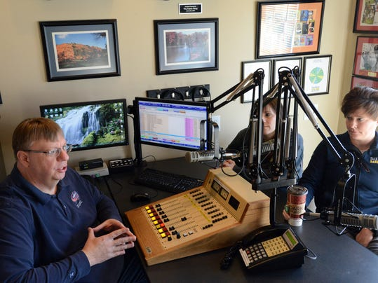 wloh radio going country with new format