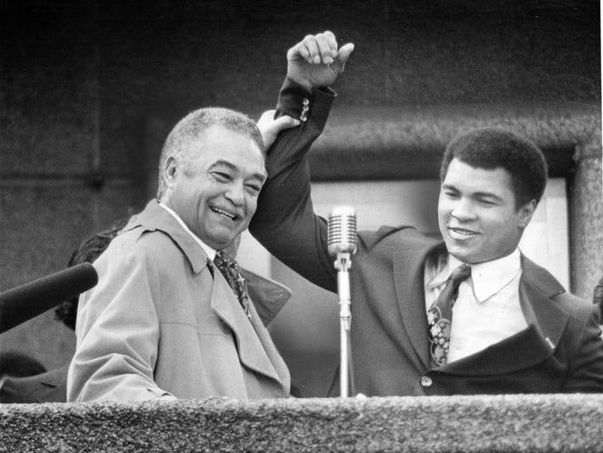 Detroit Mayor Coleman and Muhammad Ali in Kennedy Square