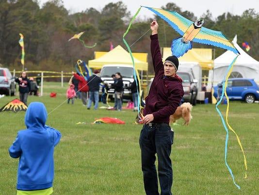 041814-lewes.kite.festival-cs.3214.jpg
