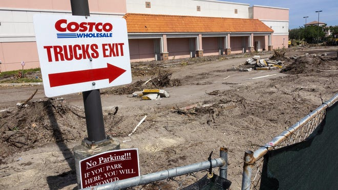 Construction has begun at the site of the old Rooms To Go Outlet store next to Costco on Northlake Boulevard. The 43,000-square-foot store is expected to be demolished shortly to make way for a new 12-pump Costco gas station planned to open by the end of the year.