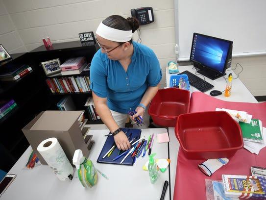 Mt. Juliet High School English teacher Jessica Jennings