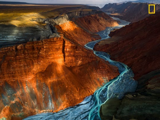 """Different types of metallic minerals make the canyon so splendid."""