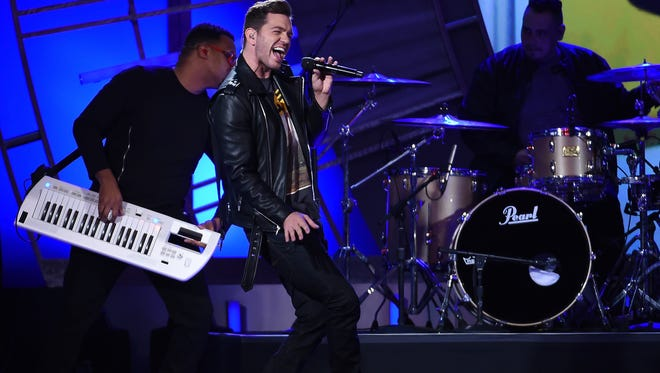 Singer/songwriter Andy Grammer will perform on tour with Gavin DeGraw.