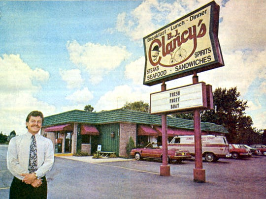 "Post-Crescent archive, July 25, 1989: Robert ""Bob"" John removed his restaurant from the Mr. Steak franchise this year. Post-Crescent photo by Scott Whitcomb"