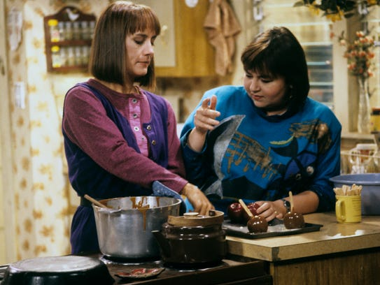"Laurie Metcalf and Roseanne Barr in a 1989 episode of """"Roseanne."""