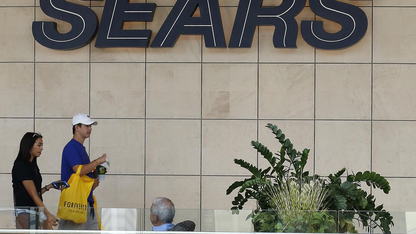 Sears teams up with Amazon to sell DieHard brand