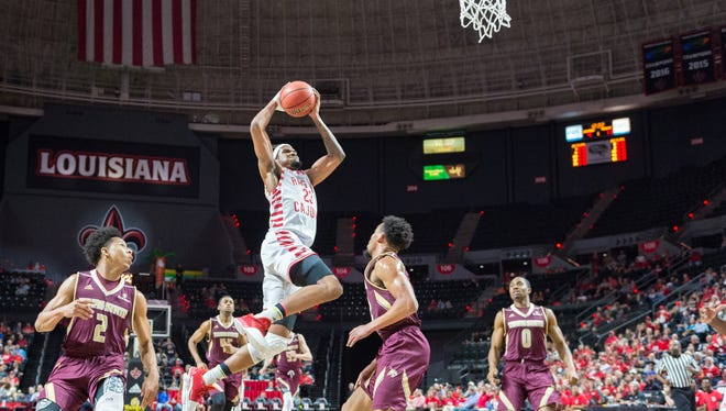 JaKeenan Gant drives to the basket in UL's 73-63 win over Texas State on Thursday night.