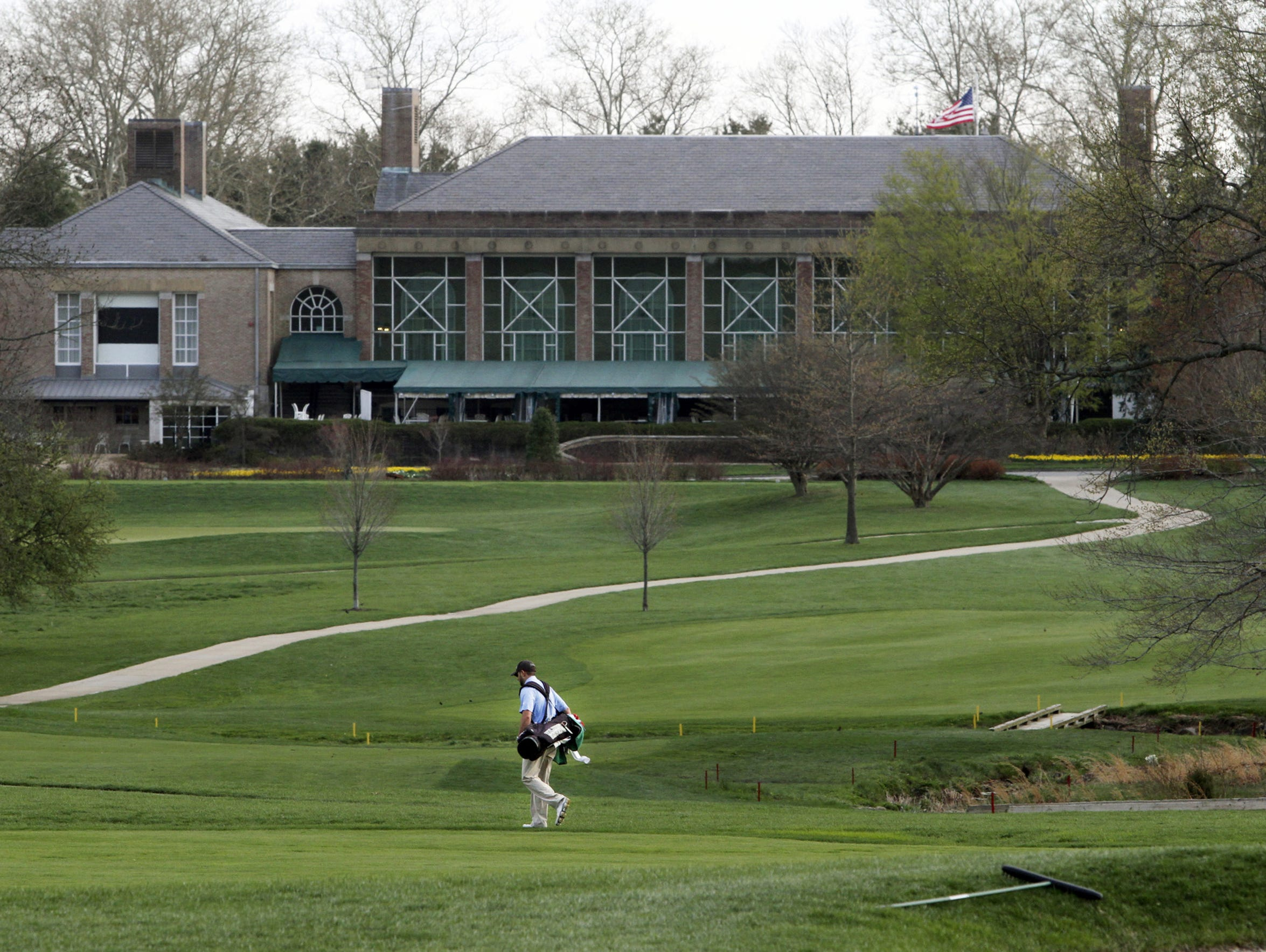 with land limited builders target delaware golf courses