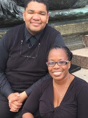 Michael and Patricia Lundy will sing in a 500-member papal choir as Pope Francis celebrates Mass in Philadelphia Sunday.