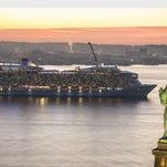 The world's first smartship, Quantum of the Seas, sails into New York Harbor. (PRNewsFoto/Royal Caribbean International) ORG XMIT: PRN252426