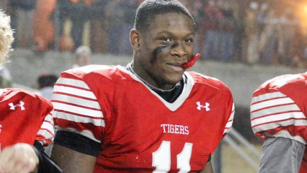 Auburn received a verbal commit from talented receiver Kyle Davis out of Lawrenceville, Ga.