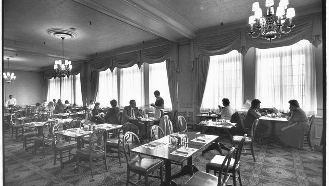 Ayres Tea Room, in February 1988. It looked much the same at that time that it did in days past. Luncheon guests lingered long after the rush hour crowd had departed.