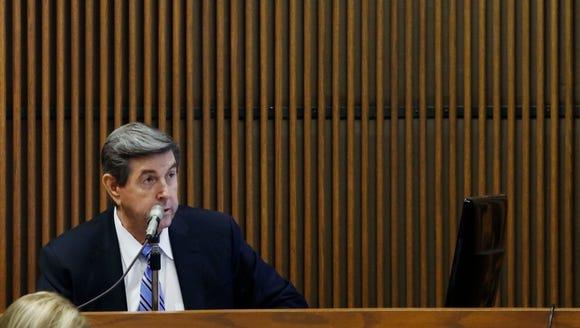 Former Alabama Gov Bob Riley testifies during Alabama