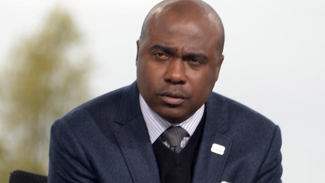 Marshall Faulk on the set of an NFL Network broadcast of a Thursday Night Football game in 2014.