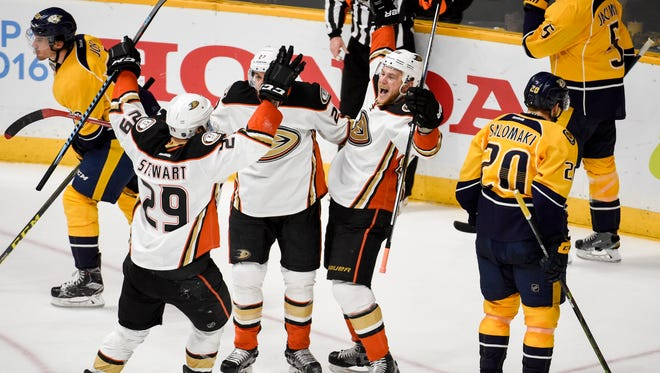 Anaheim Ducks left wing Jamie McGinn (88) celebrates his goal against the Nashville Predators with teammates during the second period of Game 4 of the NHL first-round series on April 21, 2016 at Bridgestone Arena.