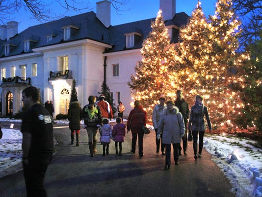 635514970387420128-Christmas-at-the-Lilly-House