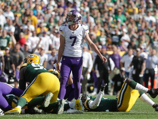 Vikings_Packers_Football_88593.jpg