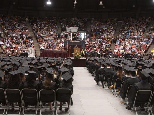ULM Graduation