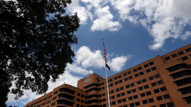 Employees at the Overton Brooks VA Medical Center in Shreveport received bonuses last year, even though the center was under fire for long patient wait times.