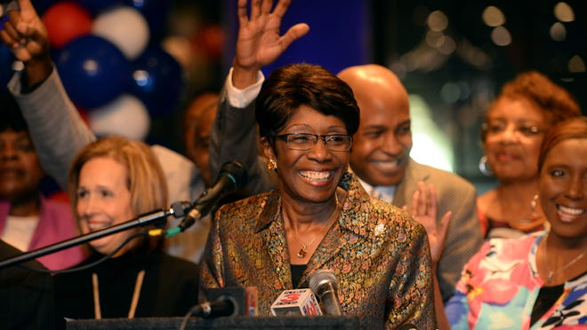 Ollie Tyler smiles as she thanks her supporters after winning a runoff election December 6, 2014 against Victoria Provenza to become Shrevepoort's next Mayor.