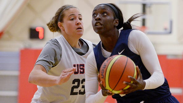 ASU's Katie Hempen, left, and the U.S. women's basketball team are through to the semifinals at the World University Games.