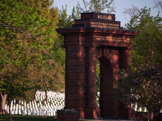 XXX Arlington-National-Cemetery-1072