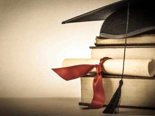 -for online college.jpg_20150215.jpg