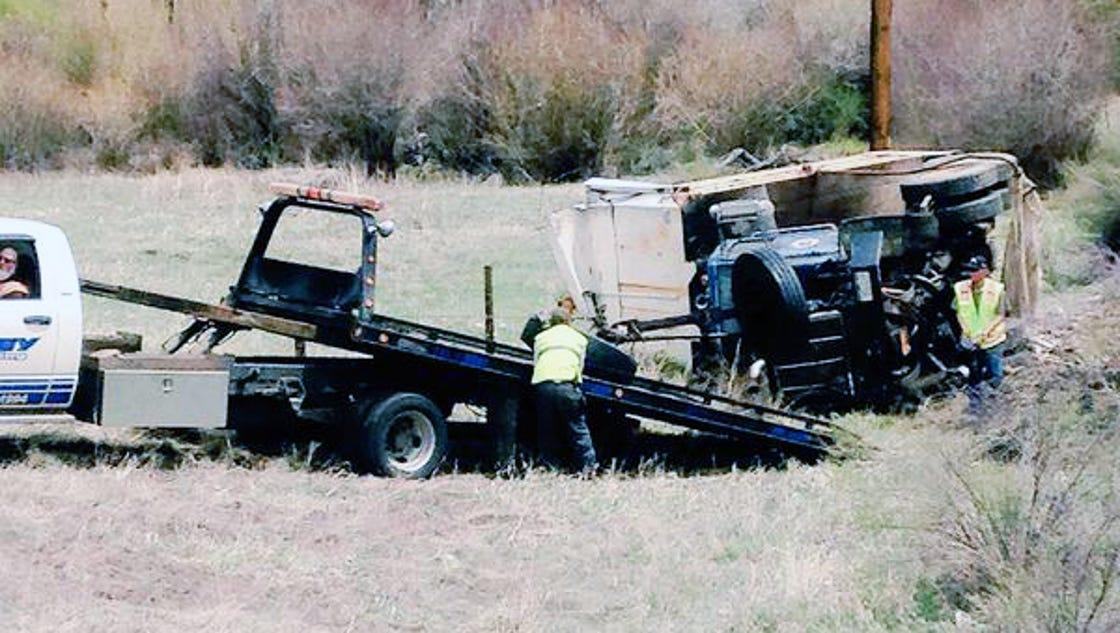 1 dead in 2 vehicle crash on u s 285. Black Bedroom Furniture Sets. Home Design Ideas