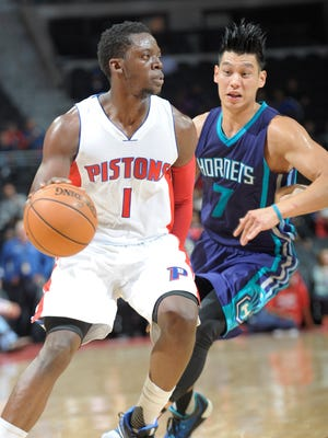 Reggie Jackson drives around the Hornets' Jeremy Lin in the second quarter Wednesday night.