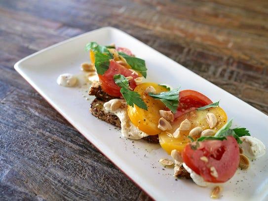 True Food Kitchen Heirloom Tomato Pizza