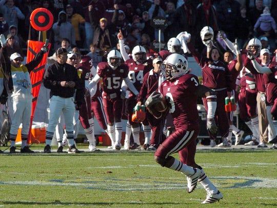 Mississippi State defensive back Derek Pegues tied