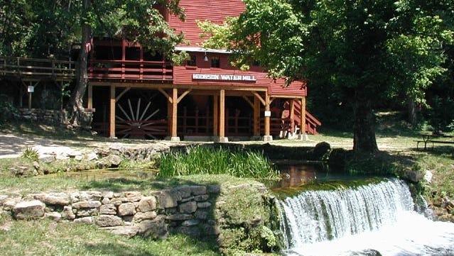 Hodgson Mill, Gainesville, Mo.