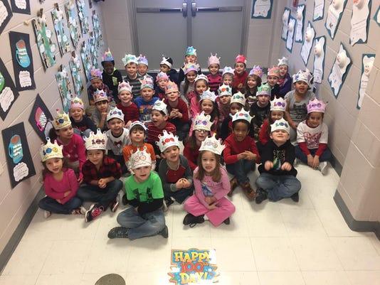 Nixon School Kindergarteners in the 100 Days Smarter crowns