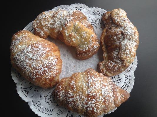 croissant savor.jpg