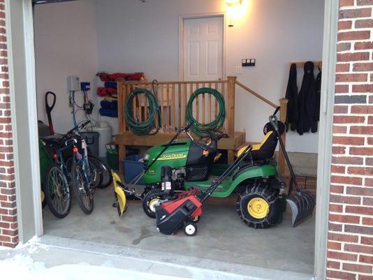 cnt garage thefts