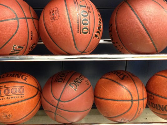 generica basketball ball rack.JPG