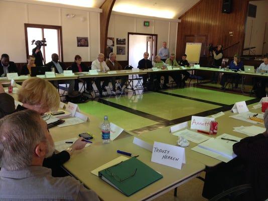 M6 dialogue committee hearing.jpg