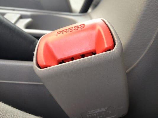 seat belt.JPG