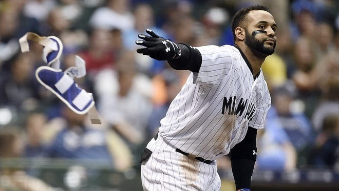 Brewers second baseman Jonathan Villar has struggled this season.