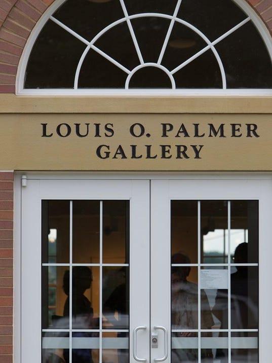 Palmer-Gallery-door-sml