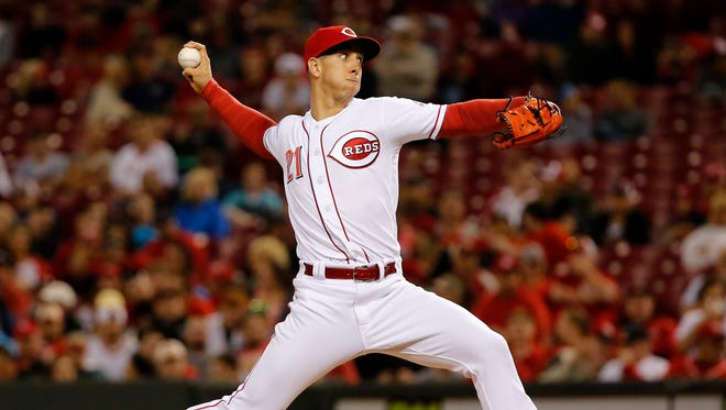 Cincinnati Reds relief pitcher Michael Lorenzen (21) delivers the plate in the eighth inning against the St. Louis Cardinals June 7, 2017, at Great American Ball Park.