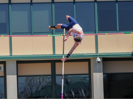 Evan Vink clears 12-6 in the pole vault on Saturday