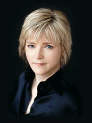 Karin Slaughter, a best-selling author, will speak at the Writers' Police Academy in Greenville.