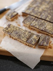 How about these Chocolate Peanut Butter Bars for after Dinner Tonight?