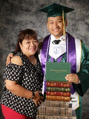 PDN Vibester Mxoe Ramos shares his love for his mom