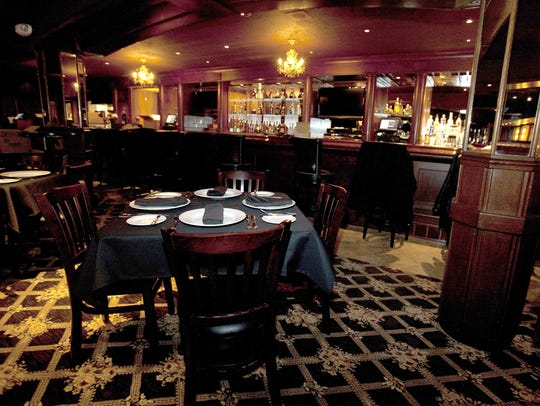 The London Chop House dining room and bar in Detroit