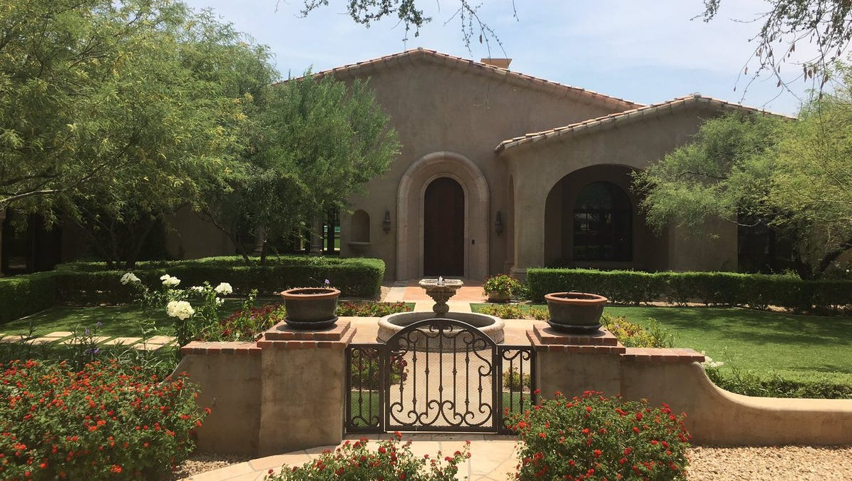 Luxury homes: Macayo\'s CEO sells $3M Paradise Valley mansion