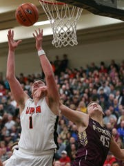 Bennett Vander Plas had his way in the first matchup with Waupun this season, scoring 30 points.