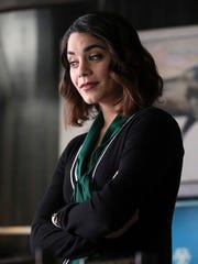 Vanessa Hudgens stars as Emily Locke, an upbeat and perky character determined to succeed.