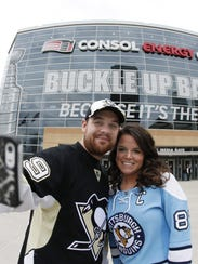 2014-05-09-penguins fans 2